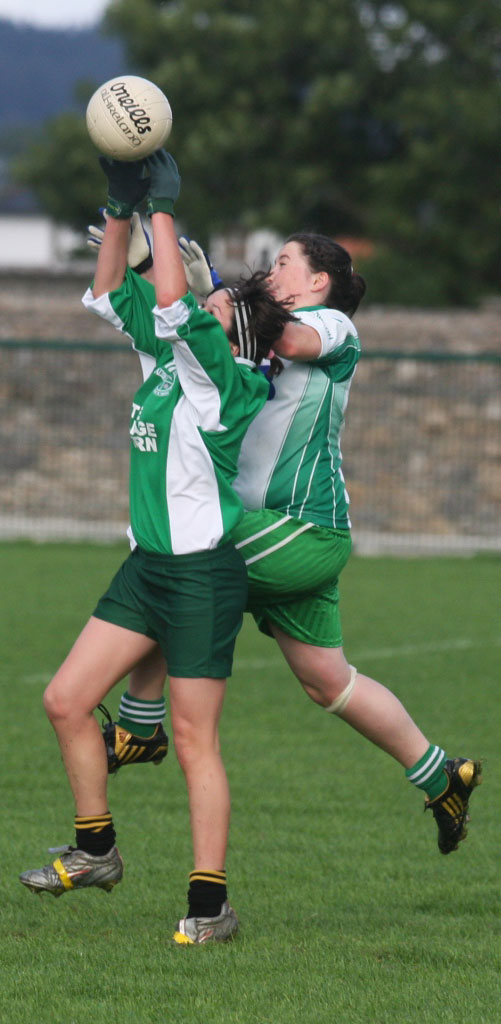 Action from the under 16 game between Saint Naul and Aodh Ruadh.