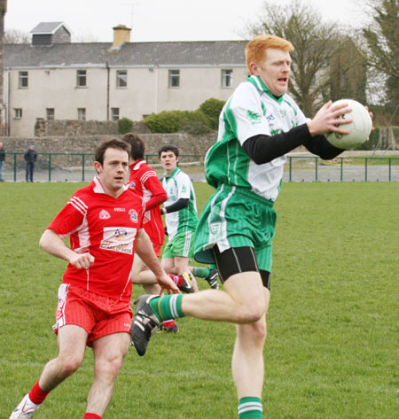 Action from the Saint Patrick's challenge game between Aodh Ruadh and Killybegs.