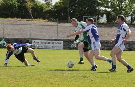 Action from the intermediate championship match against Fanad Gaels.