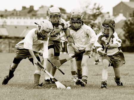Action from the under 12 hurling game between Aodh Ruadh and MacCumhaill's.