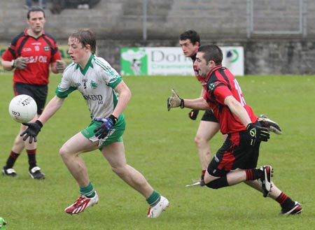 Action from the reserve division 3 senior game against Naomh Br�d.