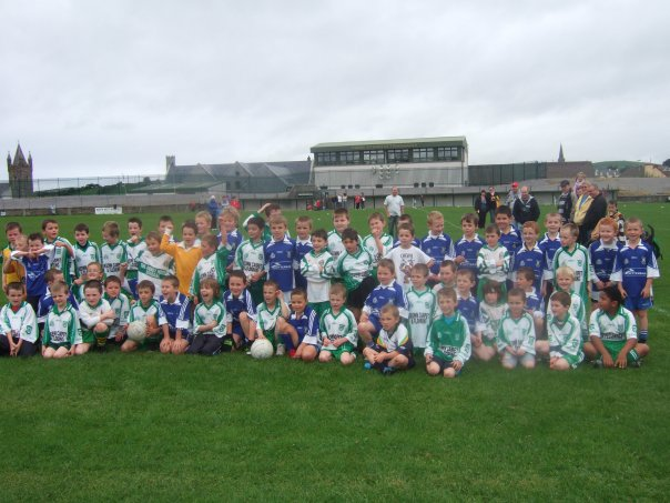 Aodh Ruadh and Dromore under 8s who played recently in Father Tierney park.