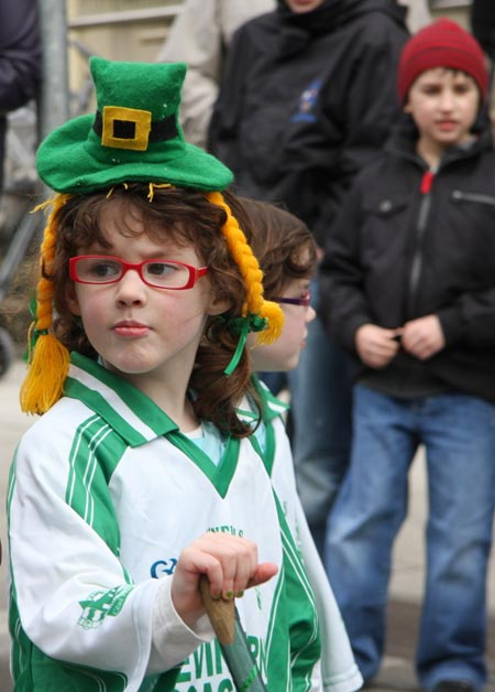 Aodh Ruadh in the Ballyshannon Saint Patrick's parade.